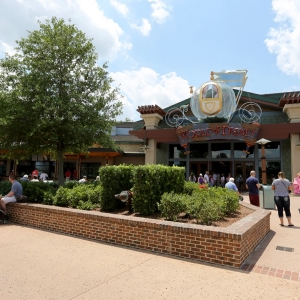 Disney-springs-marketplace-42