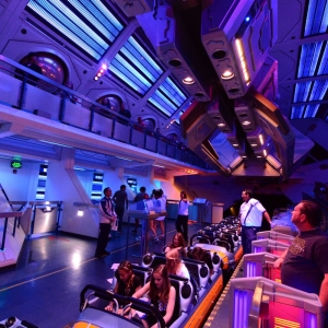 Hyperspace-Mountain-04