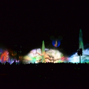World-Of-Color-09