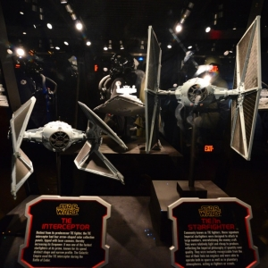 Star-Wars-Launch-Bay-30