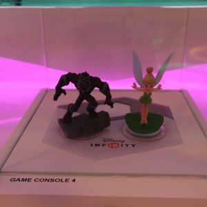 Disney-Infinity-Game-Room-010