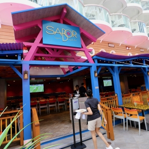 Boardwalk-Harmony-of-the-Seas-023