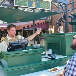 Rose-Crown-Beer-Cart-2