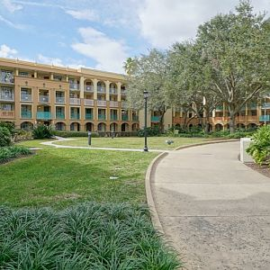 Coronado-Springs-Resort-011