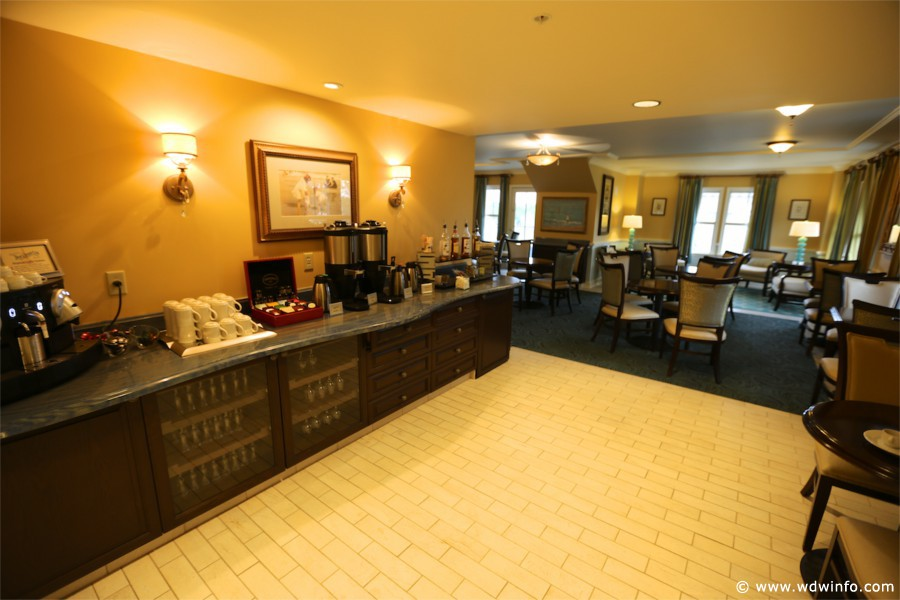 The Club Level At Disney S Beach Allows You Access To Stone Harbor Concierge Lounge Is Open From 7am 10pm And Serves