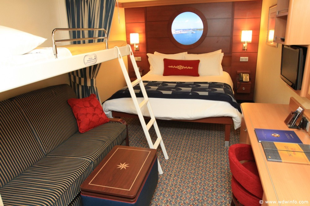 Deluxe-Inside-Stateroom_10_-10