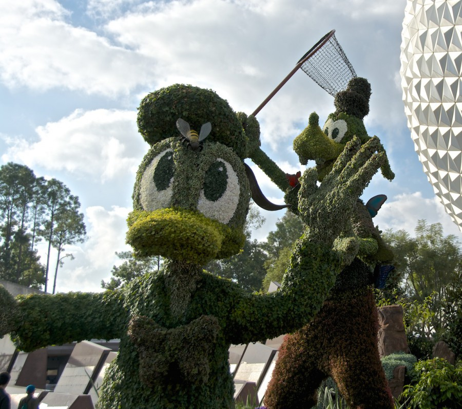 Gardens of the World Tour - topiary