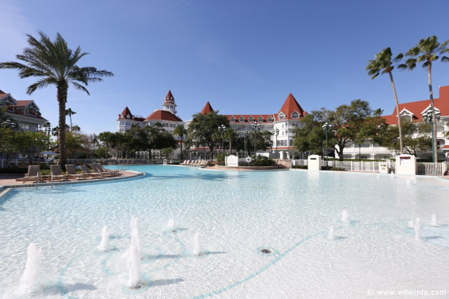 Grand-Floridian-Pools-19