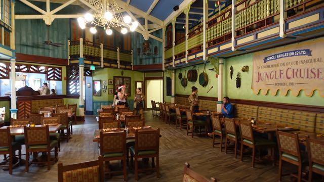 Adventureland Restaurants And Shopping Magic Kingdom
