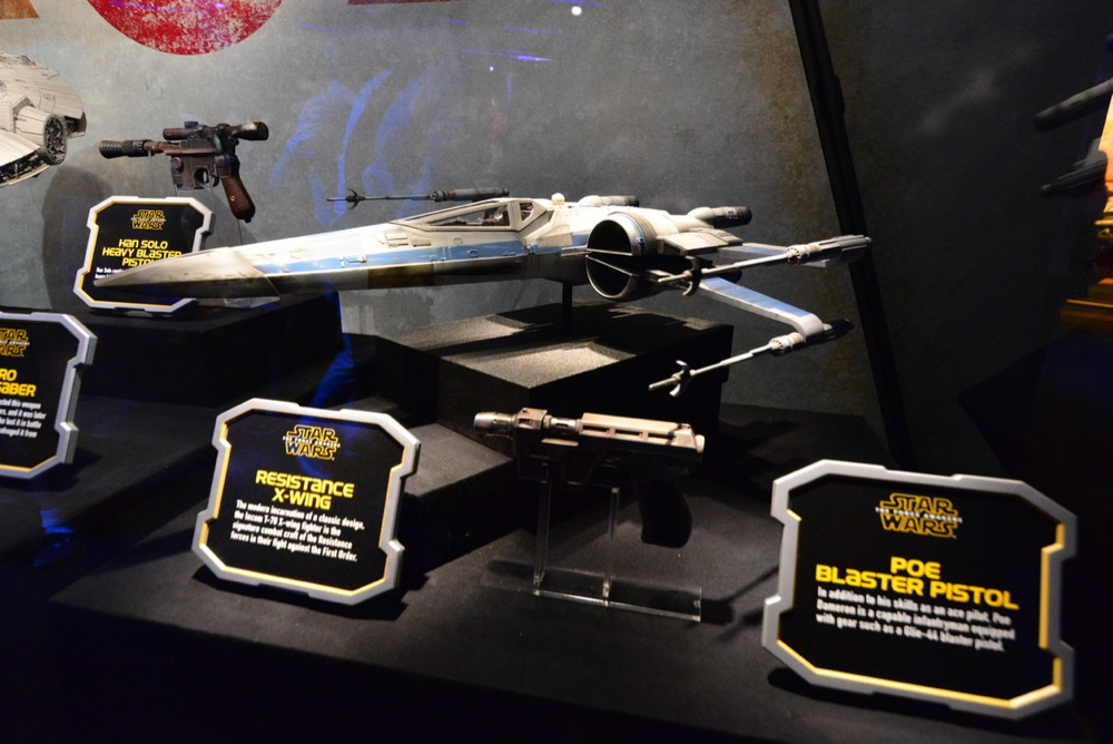 Star-Wars-Launch-Bay-42